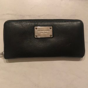 Michael Kors continental wallet